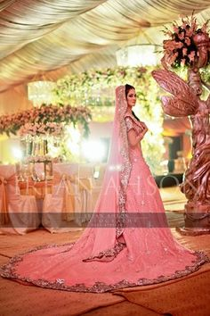 DARLENE'S FAVORITE! yes please! Love the extreme volume and length of the lengha