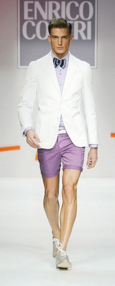 That jacket is mod! Tie and shirt are good but I'm undecided on the shorts.