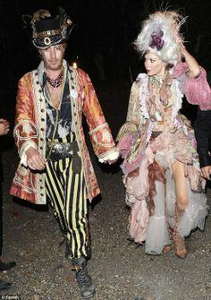 Rhys Ifans & Anna Friel dressed in Prangsta @ Bob Geldof's New Orlean's Voodoo themed party.jpg (493×700)