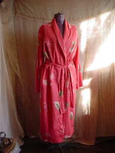 Garnet Hill Cotton Robe Bathrobe size Medium Coral Floral Print
