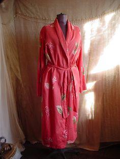 Garnet Hill Cotton Robe Bathrobe size Medium Coral Floral Print