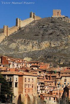 Albarracín Castle, Teruel, Aragon, Spain  (by Victor Manuel Pizarro)
