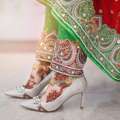 Image may contain: 1 person Bridal Heels, Wedding Shoes Heels, Henna Mehndi, Bridal Mehndi, Wedding Henna, Henna Diy, Mehendi, Arabian Mehndi Design, Mehendhi Designs