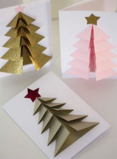 Vill du imponera på de du ska skicka j. Diy 3d Christmas Tree, Christmas Card Crafts, Christmas Origami, Homemade Christmas Cards, Handmade Christmas Decorations, Christmas Photo Cards, Christmas Ornaments, Christmas Lights, Jul Diy