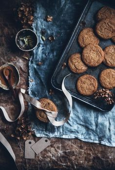 Swedish butterscotch gingerbread cookies, two ways