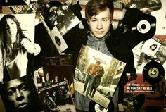 David Kross for Rolling Stone Magazine.with The Freewheelin' Bob Dylan on his chest. Bob Dylan, Good Looking Men, Rolling Stones, Pretty Boys, Gorgeous Men, Hot Guys, Eye Candy, How To Look Better, Polaroid Film