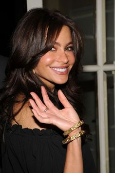 Sophia Vergara - long layered bangs