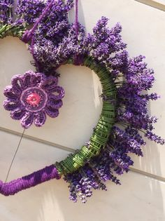 It's all about Hearts ♡ Lavender Cottage, Lavender Garden, French Lavender, Lavender Blue, Lavender Fields, Lavender Flowers, Purple Flowers, Lavender Crafts, Lavender Wreath