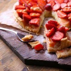 Tasty No-Bake Strawberry Cheesecake