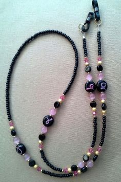 Breast Cancer PINK RIBBON  and  Black Eyeglass Chain Holder 5 Dollar DONATION Diy Jewelry, Beaded Jewelry, Beaded Necklace, Jewelry Making, Beaded Bracelets, Jewellery, Beaded Shoes, Lanyard Necklace, Eyeglass Holder
