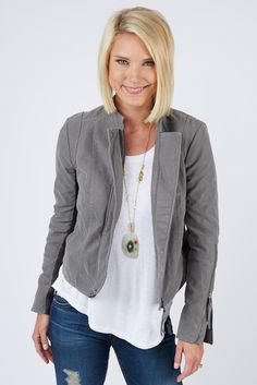 love the statement short jacket with the longer blouse-loving jackets, moto jackets & cropped jackets like this one. They are so easy to layer & dress up & down.