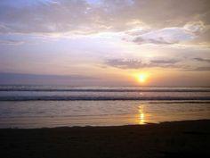 Sunset beach Las Tunas Manabí #Travel #Manabi #bestbeach #bestvacations #AllYouNeedIsEcuador hosterialaperla.net