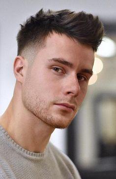 96 Best Low Maintenance Haircuts for Men – hair cut ideas Cool Hairstyles For Men, Haircuts For Long Hair, Cool Haircuts, Haircuts For Men, Latest Haircuts, Amazing Hairstyles, Crew Cut Haircut, Tapered Haircut, Crew Cuts