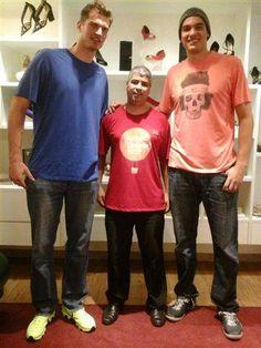 Recebemos a visita dos jogadores de basquete Tiago Splitter e Anderson Varejão.