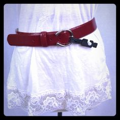 Liz Claiborne belt Size medium. New with tag. Cherry red. Excellent condition. Liz Claiborne Accessories Belts