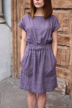 dress with elastic waist and pockets Casual linen dress for summer Women linen clothes -Linen dress with elastic waist and pockets Casual linen dress for summer Women linen clothes - Linen dress with elastic waist dress with pockets. Sewing Dresses For Women, Womens Linen Clothing, Clothes For Women, Gypsy Clothing, Linen Dresses, Casual Dresses, Summer Dresses, Casual Clothes, Summer Outfits