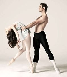 I want a boyfriend that can dance, so we can do pictures like this!