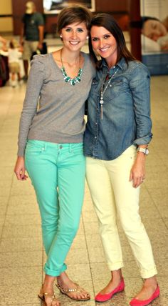 I'm digging the colored pants trend.  Not sure if I could pull it off.  LOVE the aqua jeans and the pink suede flats!