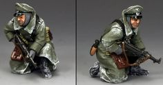 World War II German Winter BBG081 German Officer Kneeling with MP40 - Made by King and Country Military Miniatures and Models. Factory made, hand assembled, painted and boxed in a padded decorative box. Excellent gift for the enthusiast.