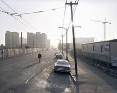 """Howard Street between 3rd and 4th in SF circa 1981. Now the Moscone Center! From Janet Delaney's """"South of Market"""" exhibition at the @deYoungMuseum."""