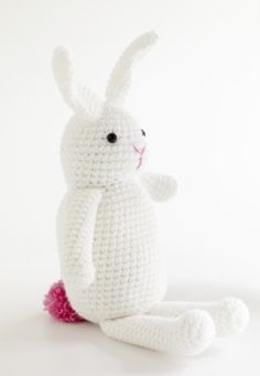 2000 Free Amigurumi Patterns: Bella the Bunny