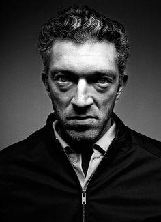 Vincent Cassel, es un actor de cine francés. Hijo del actor Jean-Pierre Cassel.