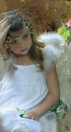 beautymothernature:  Beautiful an angel Love Moments