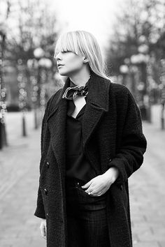 Wool coat & pointy flats   chaloth.se