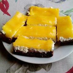 Zabpehelylisztes cukormentes Fanta szelet | Teni receptje - Cookpad receptek Desserts, Food, Tailgate Desserts, Deserts, Essen, Postres, Meals, Dessert, Yemek