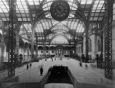 Penn Station 1911. Photo from the Corbis Archives.