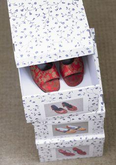 Dans des boîtes en carton spéciales
