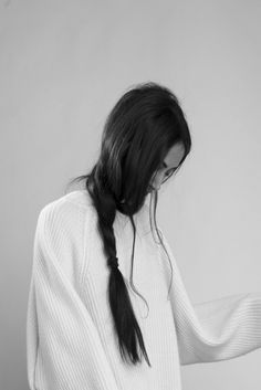 Chic Style - loose side braid & white oversized jumper
