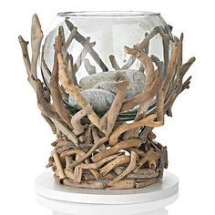 Driftwood Crafts and accessories to help with your driftwood projects. Driftwood Furniture, Driftwood Projects, Diy Projects, Driftwood Sculpture, Driftwood Art, Wooden Decor, Wooden Diy, Beach Crafts, Nature Crafts