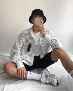 Summer Fashion Tips .Summer Fashion Tips Outfits With Hats, Mode Outfits, Retro Outfits, Fashion Outfits, Vintage Outfits, Summer Outfits Men, Stylish Mens Outfits, Simple Outfits, Outfit Summer