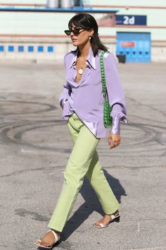 date casual outfit Lila Outfits, Purple Outfits, Neue Outfits, Colourful Outfits, Spring Outfits, Casual Outfits, Classy Outfits, Pastel Outfit Spring, Work Outfits