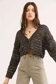 Heartbeat Sweater Cardi from Free People! Cropped Pullover, Cropped Cardigan Sweater, Tan Cardigan Outfit, Casual Skirt Outfits, Casual Clothes, Ladies Dress Design, Cardigans For Women, Knitwear, Bikinis