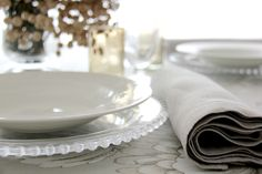Francia Naturel - Urrea Mantelerias Dishes, Cat, Wedding, Tablewares, Cat Breeds, Flatware, Tableware, Cutlery, Plates