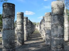 columns of temple of a thousand warriors chichen itza by MyTripolog.Com