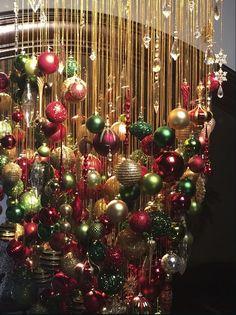 Radiant Gold GKIBethlehem Lighting Prelit Christmas teardrop