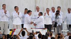 La paz no estaba con Maduro cuando hizo este inapropiado gesto en Cartagena