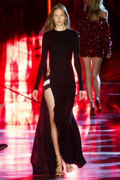 Outfit (Alexandre Vauthier) || scale: 3