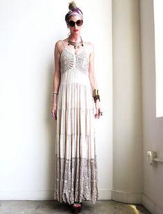 hippie wedding dress love...