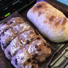 パンを作ってみたいけど、「こねたり発酵させたい大変そう」「ホームベーカリーが無いから出来ない」なんて思って作れないでいませんか?そんな悩みを解決してくれるレシピをご紹介します! minna cooki Quick Recipes, Bread Recipes, Cooking Recipes, Cooking Bread, Bread Cake, Bread And Pastries, Low Carb Diet, Food To Make, Bakery