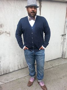 We talk to designer and comedian Ryan Lumas about creating his look, cracking jokes, and starting a plus size men's clothing line: http://chubstr.com/2013/style/the-stylistic-ryan-lumas/