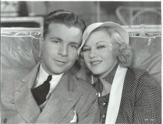 """Dick Powell & Ginger Rogers in """"Twenty Million Sweethearts""""! Classic Movie Stars, Classic Movies, Classic Hollywood, Old Hollywood, A Fine Romance, Hollywood Pictures, Fred And Ginger, Ginger Rogers, Fred Astaire"""