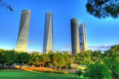 Las cuatro torres, Madrid, España by Clickor, via Flickr