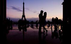 paris wedding photo An Engagement in Paris!