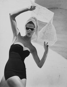 LOUISE DAHL-WOLFE   Jean Patchett, Granada Spain, 1953