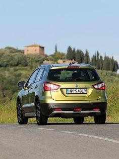 Suzuki SX4 S-Cross  http://www.autorevue.at/suzuki/suzuki-sx4-s-cross-testberich.html