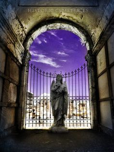 Metairie Cemetery, New Orleans